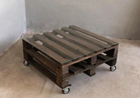 restposten dunkler couchtisch aus paletten 120x100x34cm. Black Bedroom Furniture Sets. Home Design Ideas