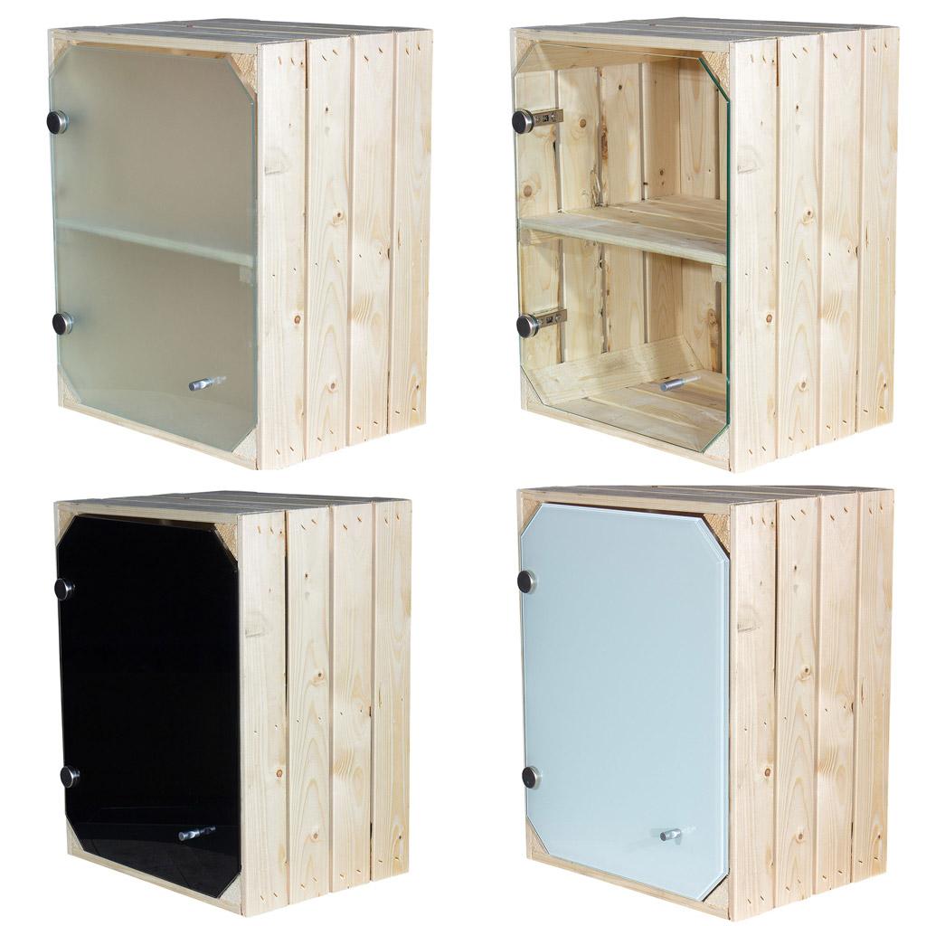 Helle Holzkiste mit Glastür und Mittelbrett -quer- 50x40x30cm