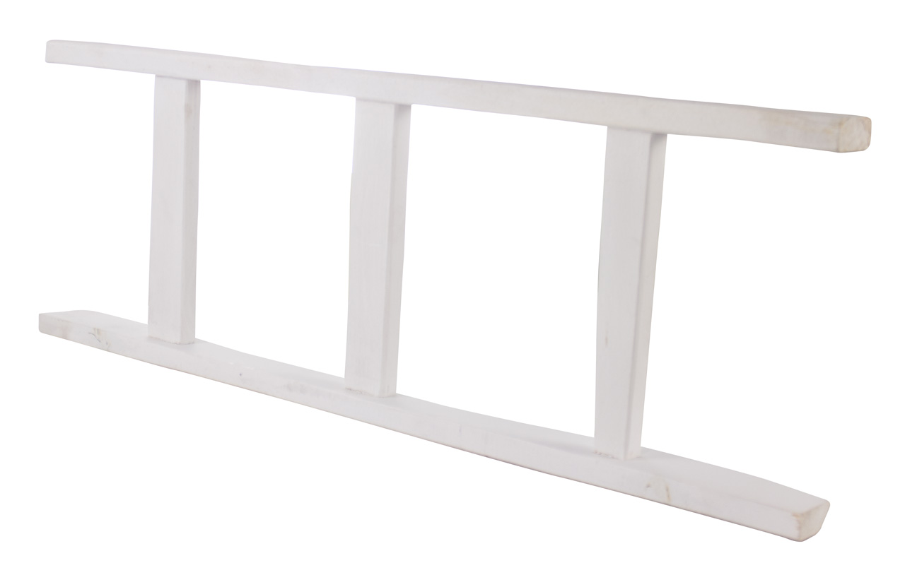 Weiße Holzleiter