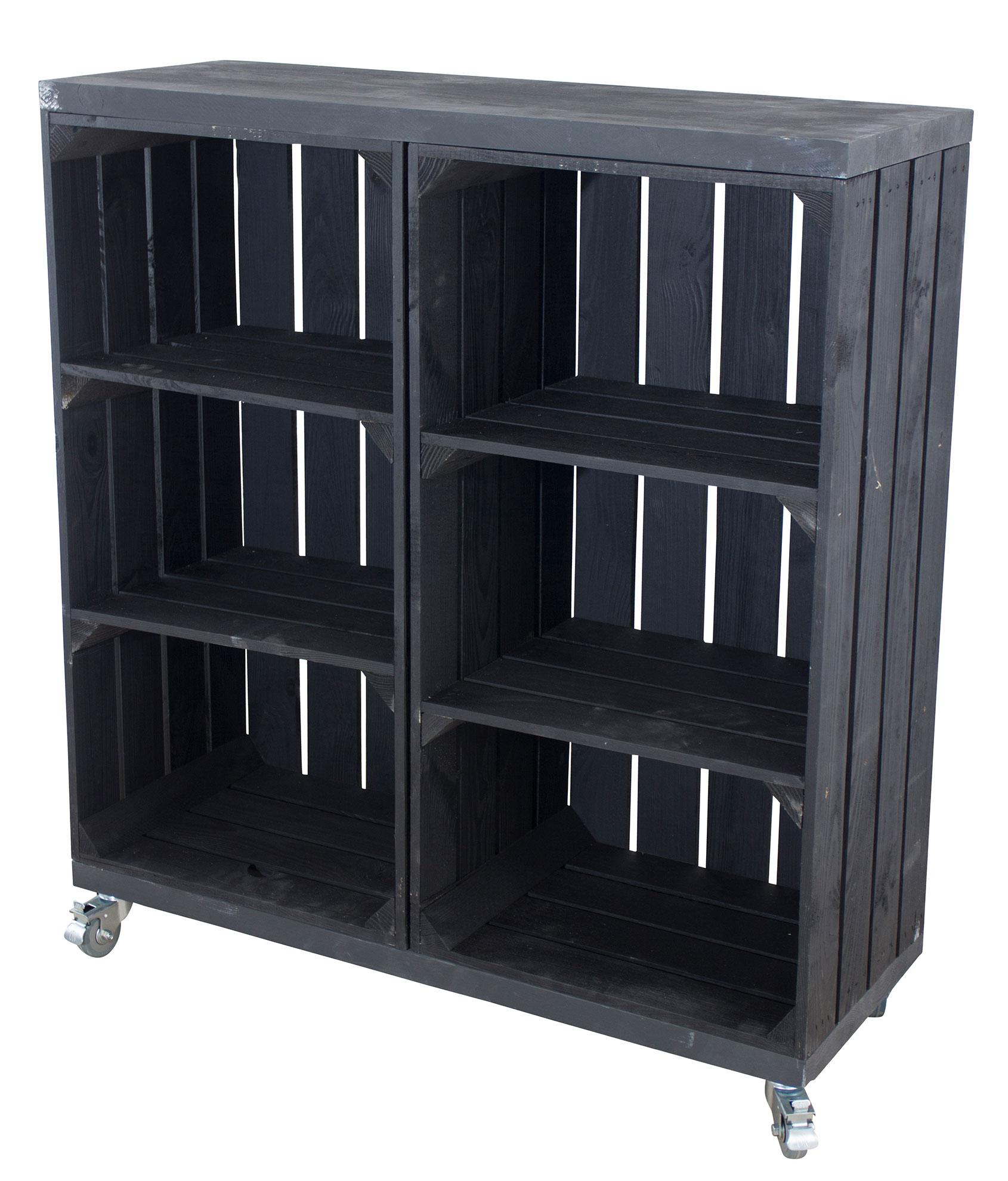 Kommode aus 2 hohen schwarzen Kisten mit 2 schwarzen Bohlenbrettern auf Rollen, 80x74x30cm