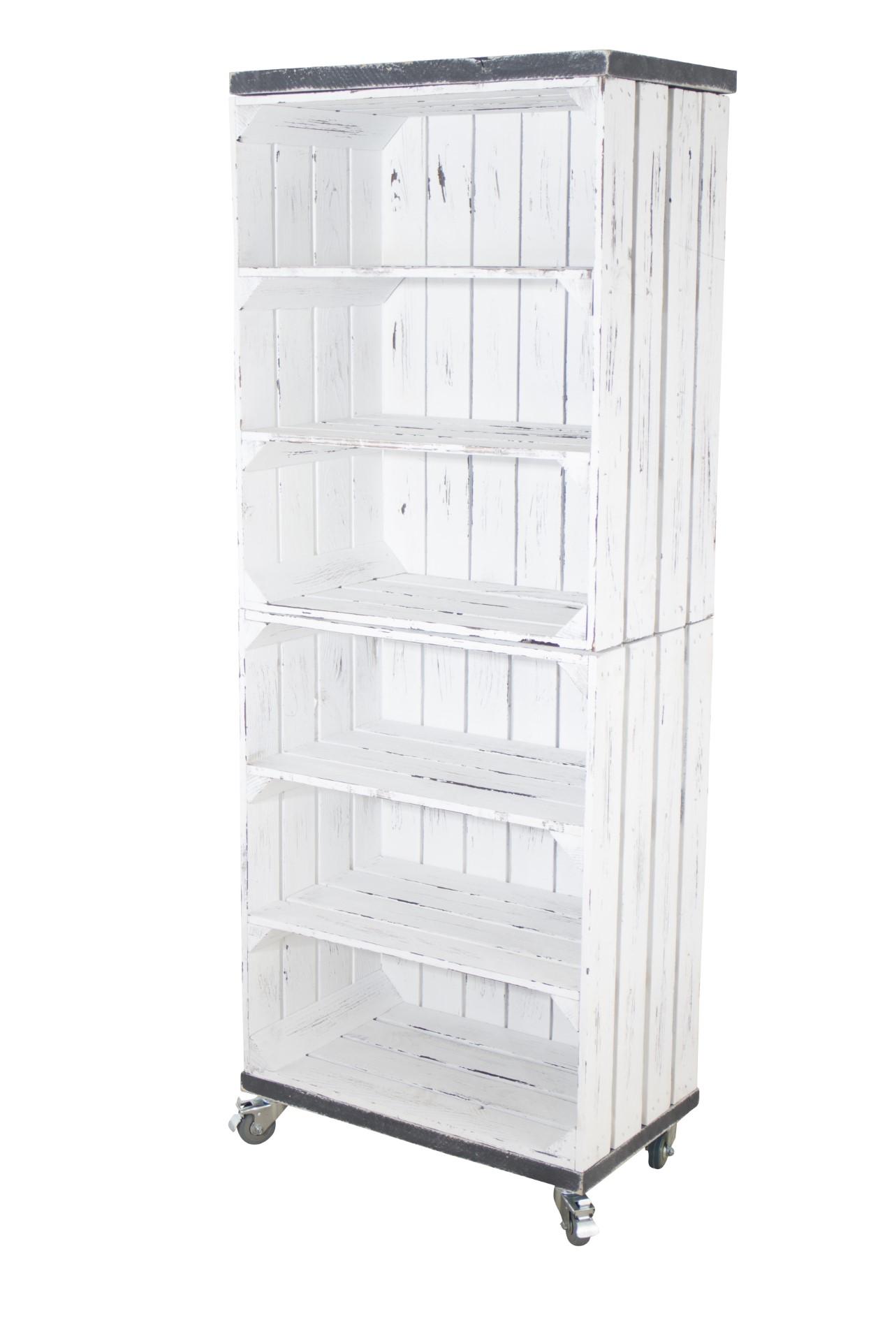 Regal aus 2 Obstkisten in Shabby Weiß mit 2 Bohlenbrettern in Vintage Grau, auf Rollen 135x50x30cm