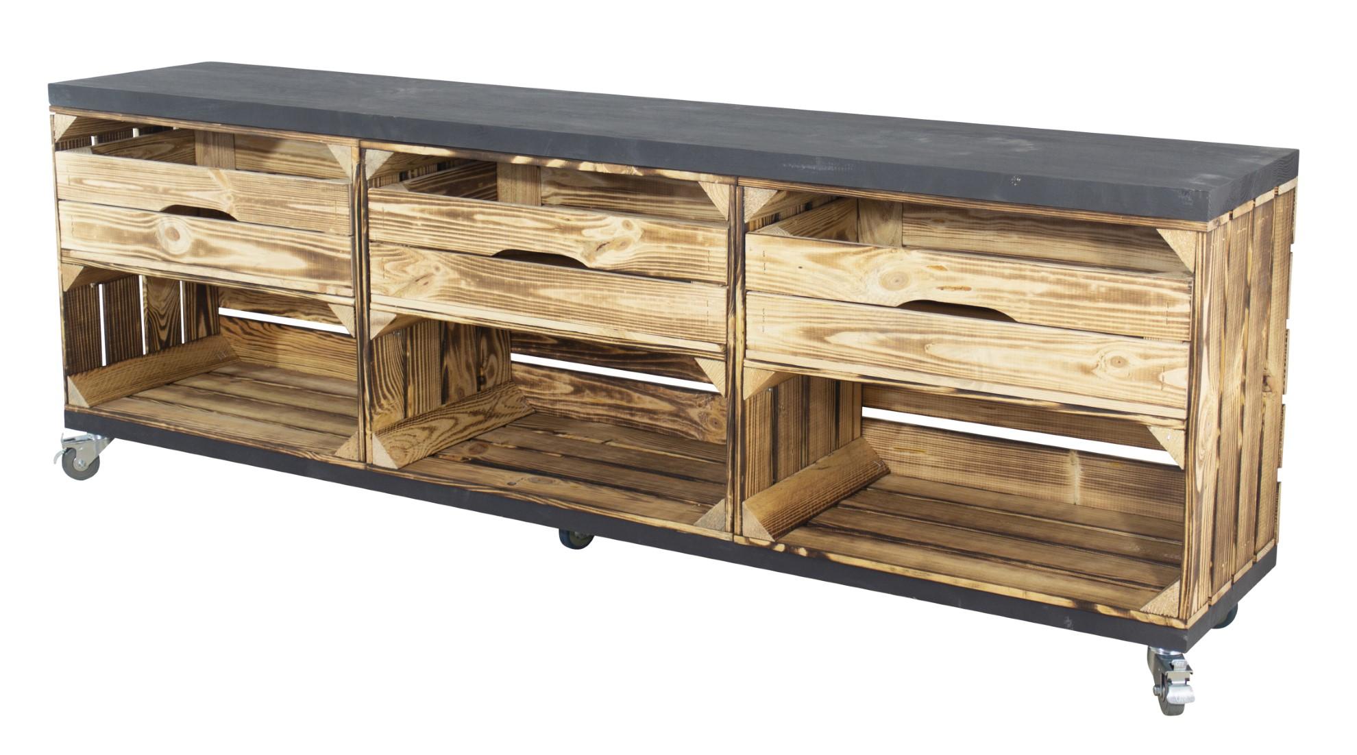 TV Lowboard aus 3 geflammten Kisten mit Schubladen und 2 schwarzen Bohlenbrettern auf Rollen 53x150x30cm