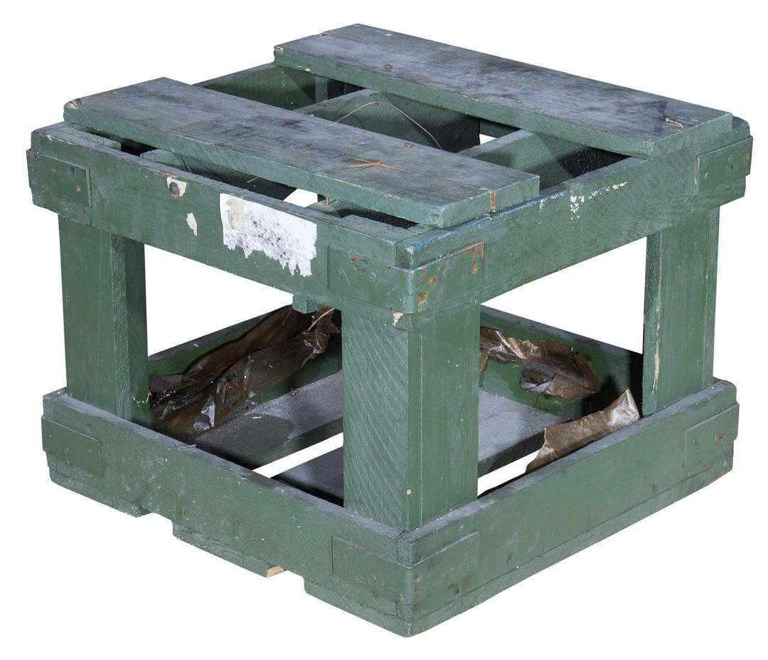 Historische kleine Munitionskiste in grüner optik 40x40cm
