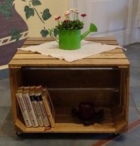 couchtische obstkisten deutschlands gr te auswahl an alten und neuen dekorativen. Black Bedroom Furniture Sets. Home Design Ideas