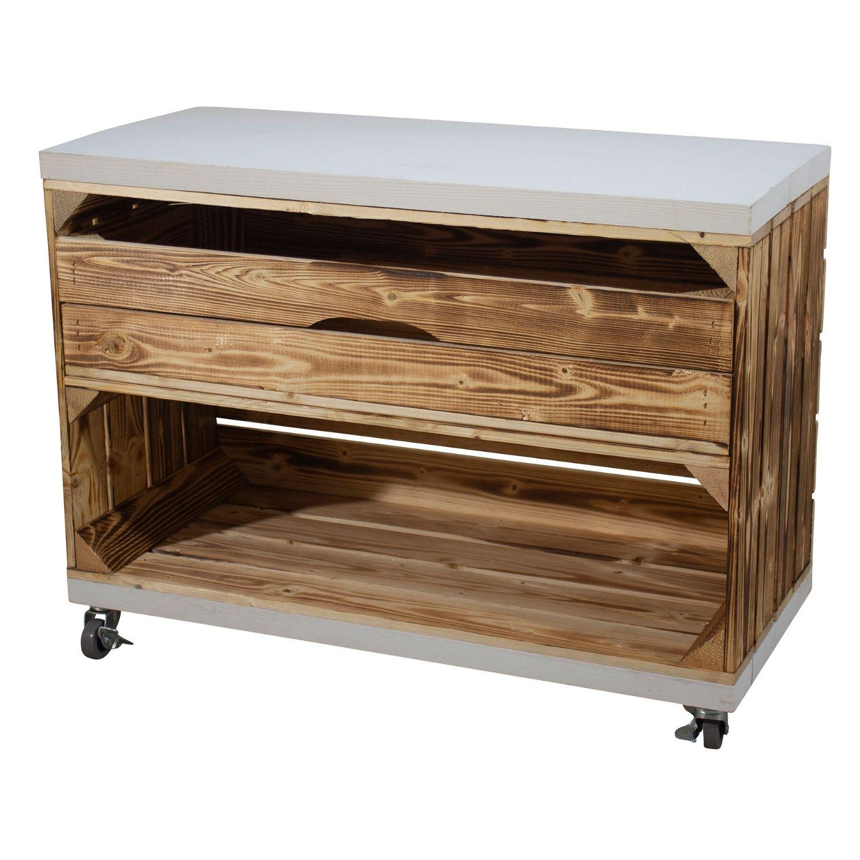 Regal aus einer breiten geflammten Kiste mit Schublade und Bohlenbrett in Weiß, auf Rollen