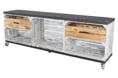 TV Schrank aus 3 Kisten in grau vintage mit 2 geflammten Schubladen mit 2 Bohlenbrettern in Schwarz auf Rollen, 150x53x30